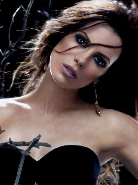 Kate Beckinsale - 22